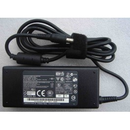 Toshiba 15V / 6A Laptop AC Adapter
